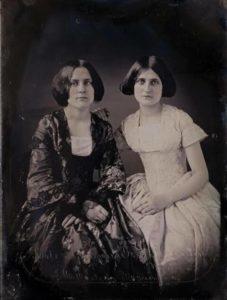 """Las hermanas Fox """"Las fundadoras del espiritismo"""" 3"""