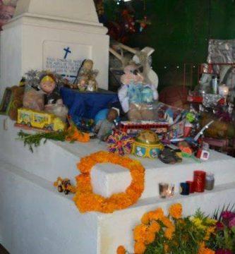 El niño milagroso Raulito Leyenda de Guerrero 109