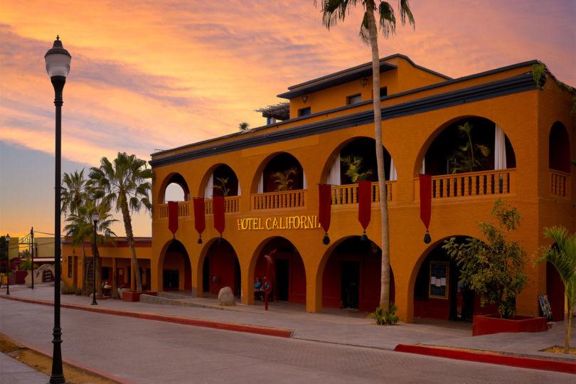 Hotel California Historia de Eventos Paranormales y Satanismo 24