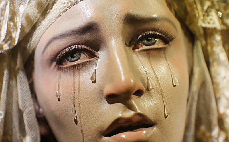 Las vírgenes que lloran 1