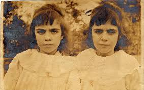 """Leyenda de las Gemelas Pollock """"el Caso de Reencarnación de las Hermanas"""" 5"""
