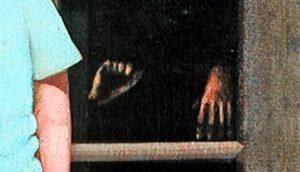"""La pintura embrujada de eBay """"Las manos lo resisten"""" 3"""
