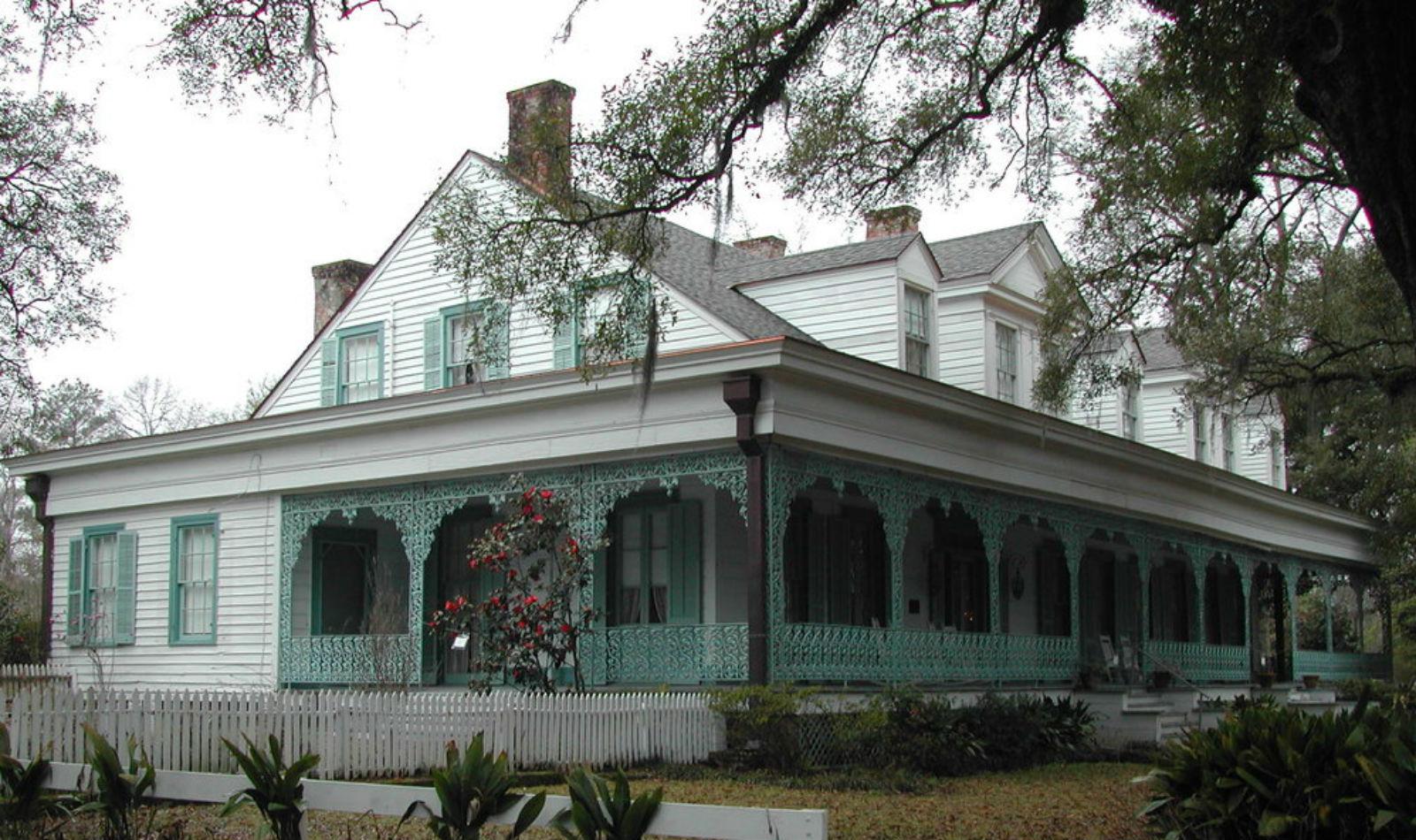 """La casa embrujada donde puedes hospedarte: """"La hacienda Myrtles"""" 299"""