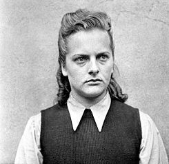 La Bella Bestia, una nazi sangrienta 6