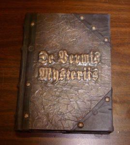 Otros 3 terribles libros como el necronomicon 2