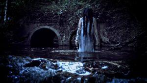 La dama de la cascada 3