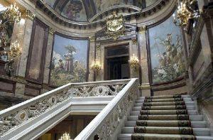 Los fantasmas del Palacio de Linares 2