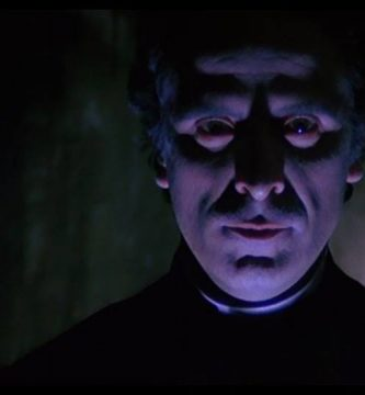 El sacerdote de los difuntos 87