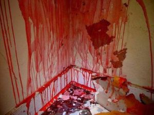 Las macabras casas sangrantes 4