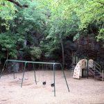 El patio de los niños del panteón 9