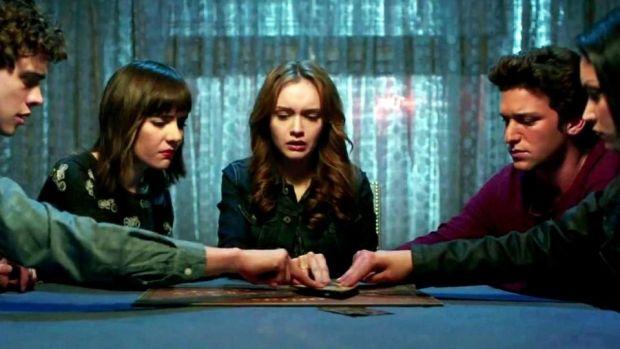 El Juego de la Ouija (Como jugar la Ouija y sus reglas) 31