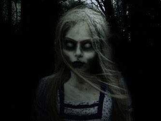 La niña del panteón 118