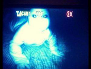 15 espeluznantes fotografías capturadas desde monitores de bebés 8
