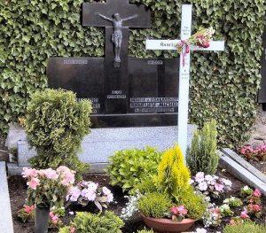La exhumación de Anneliese Michel (Emily Rose) 2
