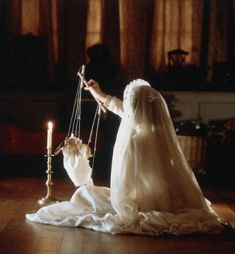 La novia vestida de blanco 51